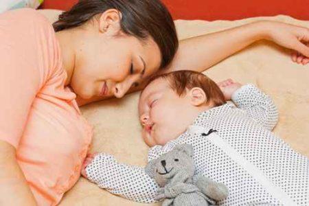 somn al bebelusului