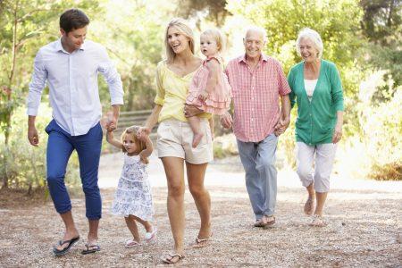cum-includem-bunicii-si-principiile-lor-educatia-copiilor