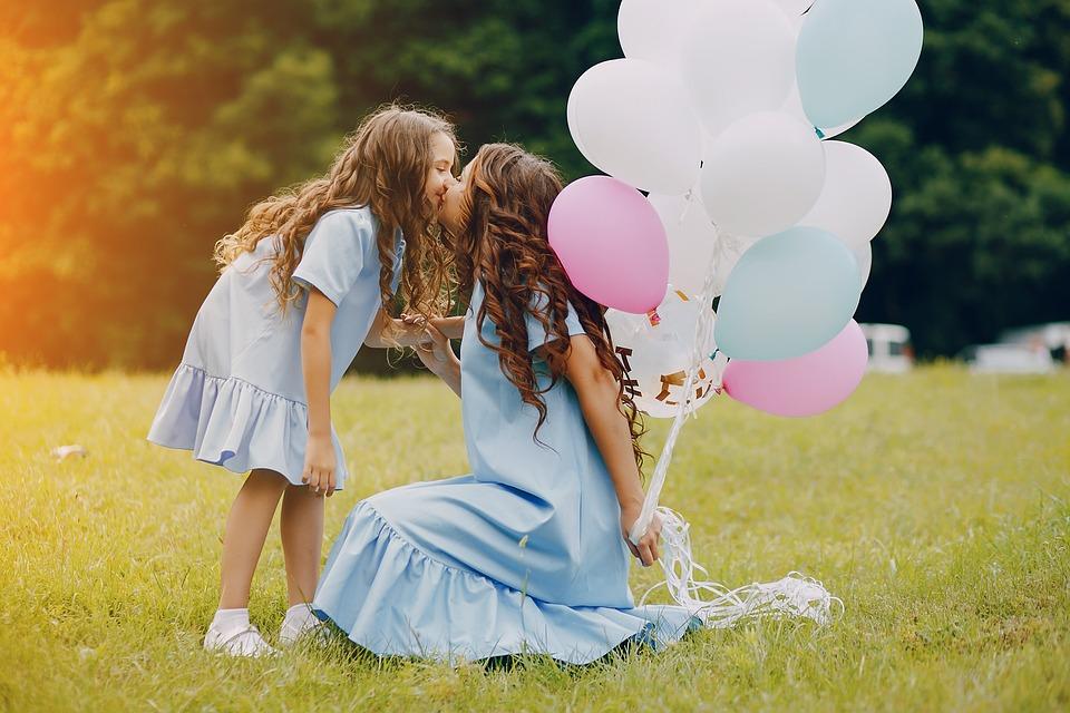 de la mama la fiica cu monica reu