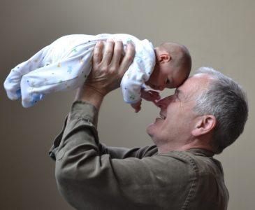 bunicii-rolul-lor-in-timpul-sarcinii-si-al-maternitatii
