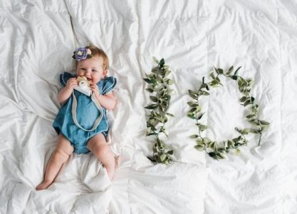 10-luni-cu-si-despre-bebe
